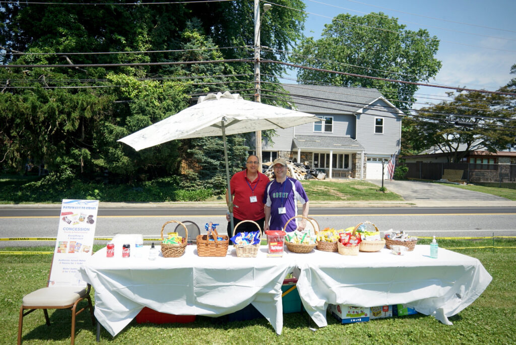 Pathways to Israel Event roadside